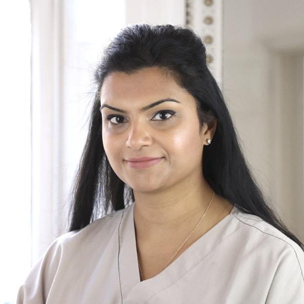 dr neha patel specialist endodontist london